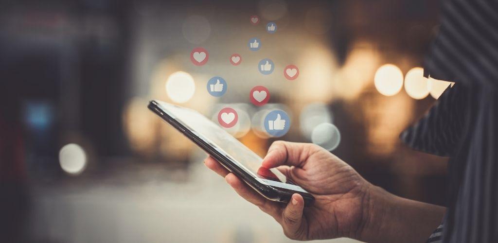 social selling smartphone